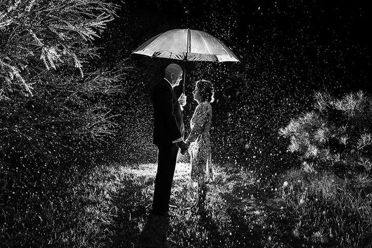 Rainy day couple portrait. Image by Perth wedding photographer Sara Hannagan Photographer