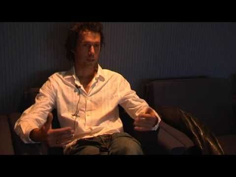 Lawrence Malstaf - interview at Ars Electronica 2009, about his interactive installation Nemo Observatorium.