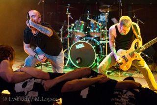 """#PetreFakt - Die Band entwickelte sich seit der Gründung Ende 2010 von einem HardRock Trio zu einer fünfköpfigen Metalband. Das erste Album """"Endzeit"""", welches im August 2012 veröffentlicht wurde spiegelt die Vielfältigkeit und Eigenständigkeit der Band wieder. #museum #basel #schweiz #switzerland #history #musik #music #band"""