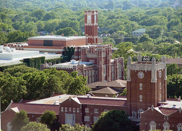 오클라호마 대학교(University of Oklahoma) 미국 최고의 기상학과 보유한 '우수공립대학' 국가장학금을 가장 많이 받는 대학, 신입생의 58%가 장학금 혜택