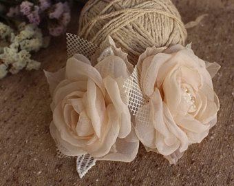 Champagne Cream Bridal Hair Piece,bridal hair flower,Flower Girl Hair Clip,Bridal flower Fascinator,Wedding Headpiece,Bridal Flower Hairclip