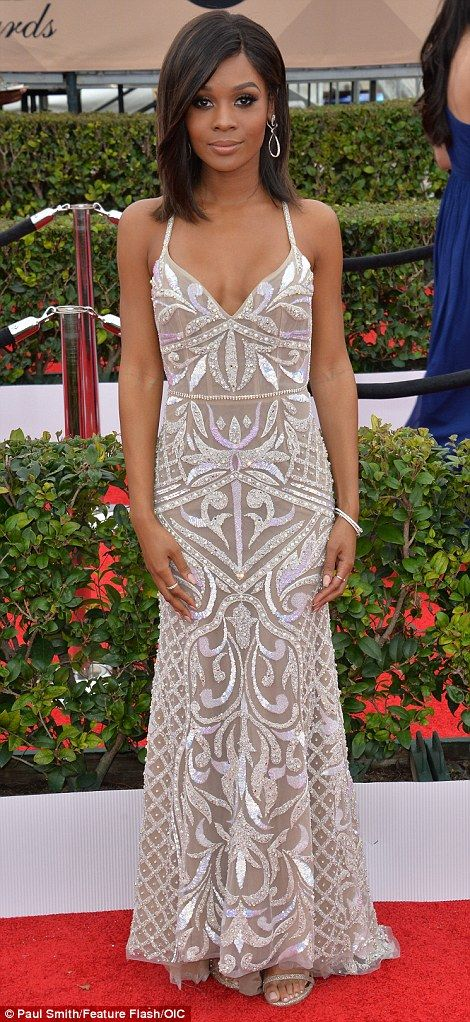 On duty: Zuri Hall and Fashion Police's Brad Goreski joined Giuliana in hosting E!'s red carpet coverage