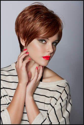 Topfrisuren im PIXIE-Stil! Schnitte, die einfach glücklich machen ... | Einfache Frisuren #frisuren #hairstyle #einfachefrisuren #love #like #mode #damen #kurzehaare #kurzhaarfrisuren #kurze #haare #kurzhaarschnitt #haarschnitt #kurzhaarfrisur #frisuridee #inspiration #stylingidee #kurz #frisur #pixie #shoutout #bobfrisuren