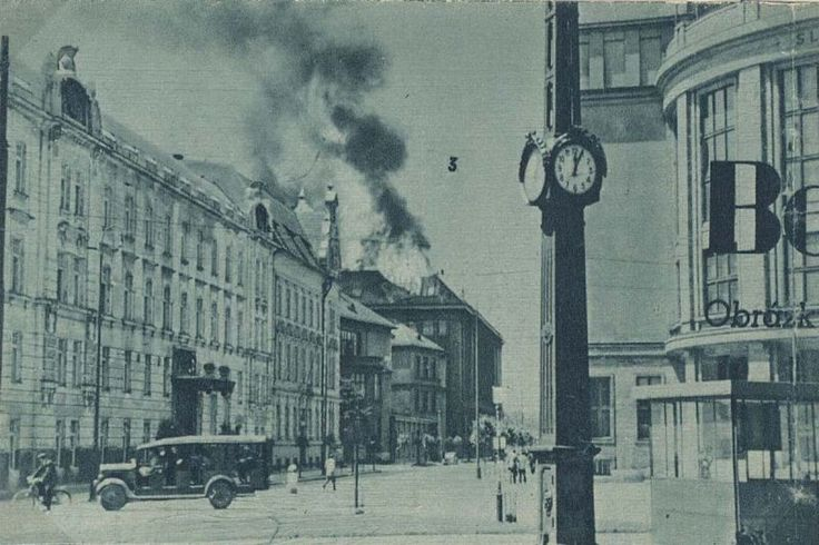 Stará Bratislava po 2. svetovej vojne na fotografiách
