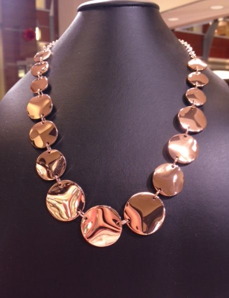 Rose color stainless steel Steelx designer neck. #Holidayshopping #Stainlessjewelry #Steeljewelry #FMJ #Gorgeous
