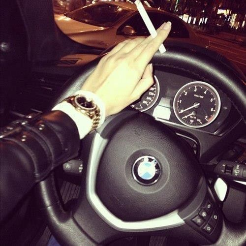 #BMW #Woman #Cigarrete