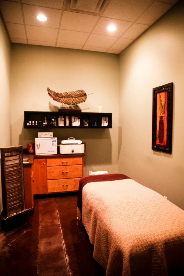 58 best treatment rooms images on pinterest massage room for Beauty treatment room decor ideas