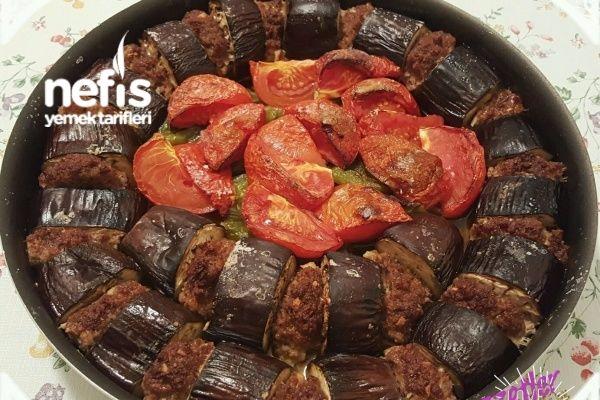 Tepsi Patlıcan Kebabı Tarifi nasıl yapılır? 2.774 kişinin defterindeki Tepsi Patlıcan Kebabı Tarifi'nin resimli anlatımı ve deneyenlerin fotoğrafları burada. Yazar: Lale Koyun Çoksever