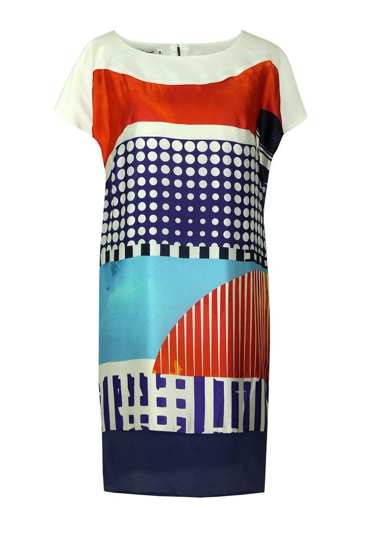 Suknia Fabiane turkusowo-czerwono-biała Semper #dress #summer2016 #floral #orchid #trendy #fashion2016 #fashionbrand #red #elegance #elegant #designer #brand #casual #colourfull #printed #silk #geometry #popart