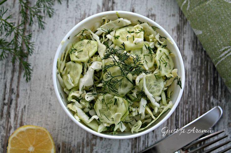 Salată de varză și castraveți - Gust și Aromă