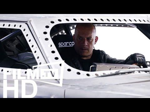 FAST AND FURIOUS 8: VIN DIESELS ICE CHARGER   NEWS Mehr auf https://www.film.tv/