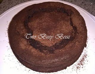 Two Busy Beez: Torta della settimana: Fondente al cioccolato...ve...
