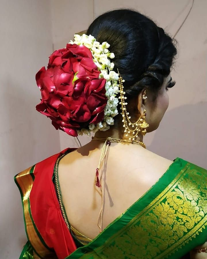 This New Trendy Floral Bridal Bun With Rose Petals For My Pretty Bride Look Designed By Sheetalstripathi S Bridal Bun Floral Bridal Rose Petals