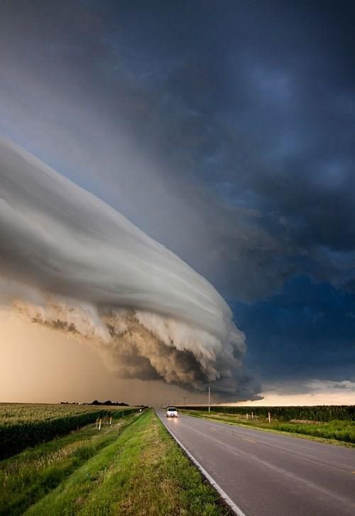Best Crazy Weird Intriguing Images On Pinterest Books - 18 insane unusual weather phenomenas actually real