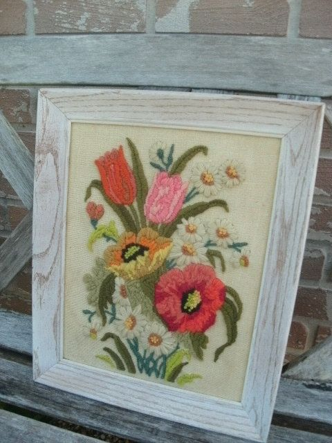CrewelWork in WOOD FRAME/POPPIES/Floral/Daisies/Yellow/Tulips/Poppy Flowers