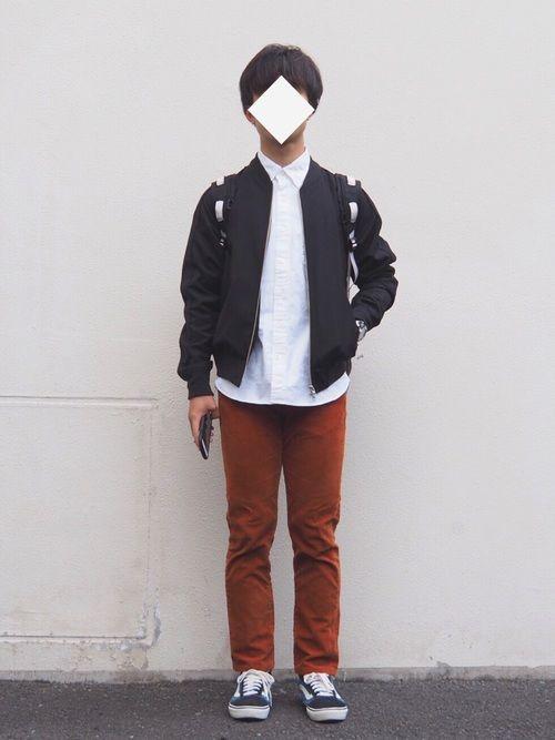 ブラック×ホワイト×ブラウン やっと買えた...無印の白シャツ! 今までまともな白シャツ持ってなかっ