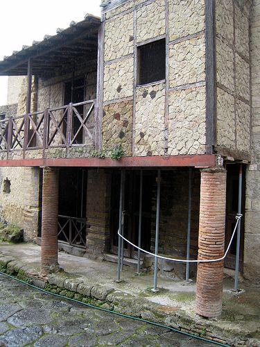Pompeii/Herculaneum: