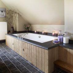 25 beste idee n over landelijke stijl badkamers op pinterest rustiek chique badkamers - Landelijke badkamer meubels ...