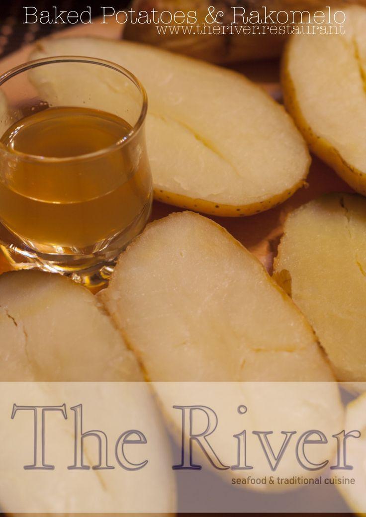 #Πατάτες  #Οφτές και Σπιτικό #Ρακόμελο ;-) www.about.me/theriverrestaurant  Homemade #Rakomelo and #Baked (in a fireplace) #Potatoes ;-) www.about.me/theriverrestaurant  || Copyright © 2015 The River Restaurant || #The_River_Restaurant #AgiaFotia #AgiaFotiaSeaside #ΑγίαΦωτιά #Ιεράπετρα #Ierapetra #Crete #Κρήτη #CretanCuisine #CretanDiet #CretanGastronomy #CretanFood #CretanCulinary #GreekCuisine #ΚρητικήΚουζίνα #ΚρητικήΔιατροφή #Raki #Tsikoudia #Meli #Honey #Ρακή #Ρακί #Μέλι #Μεζές