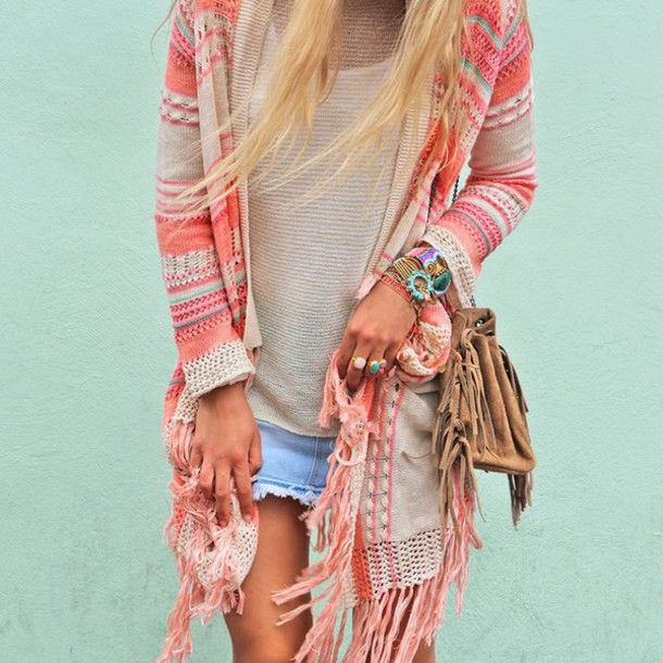 cardigan cloths ibiza style boho hippie bag jewels fringed bag blouse cardigan ring skirt bracelets aztek sweater black and white shirt coachella indie bohemian boho chic girly pale gypsy rosy corall strick tied knots aztec muster like coachella style boho jacket boho sweater pink white cute outfits beautiful jacket blue beige pink aztec print