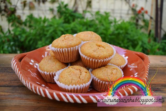 Muffins de Abóbora e Especiarias  Receita: https://arcoirisnacozinha.blogspot.pt/2013/11/muffins-de-abobora-e-especiarias.html