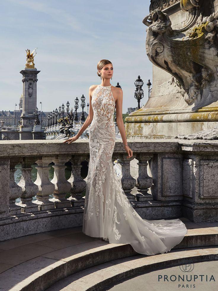 Robe de mariée Flore, robe de mariée traîne, robe de mariée glamour - Pronuptia
