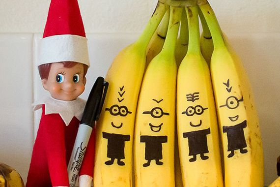 22 Hilarious Elf on the Shelf Ideas