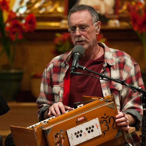 Krishna Das is one of the most popular singers of Indian devotional music in the world. Layering traditional Hindu kirtan with instantly accessible melodies and modern instrumentation, Krishna Das has
