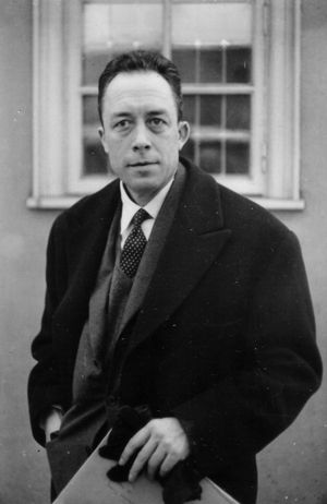 Albert Camus, taken by Alfred Knopf à Stockholm , Decembre 1957.durant la semaine où Camus a reçu le prix nobel de la paix