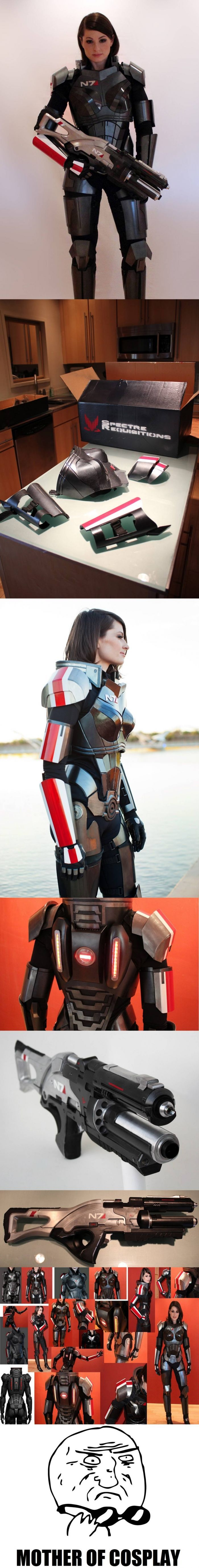 Awesomeness level : Far beyond 9000 (check the source for more pictures of this homemade armor)