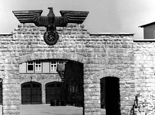 Do Plzně a Horní Břízy přijeli Eva, Mark a Hana – tři děti narozené v koncentračním táboře na konci války. Respektive dvě v táboře a jedno ve vlaku, který vezl židovské vězně z Freibergu do Mauthausenu. Dnes je jim 71 let a v Horní Bříze a Plzni uctili památku přednosty nádraží Antonína Pavlíčka.