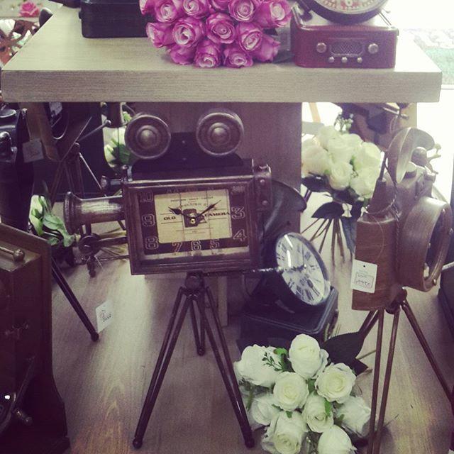 Nueva  colección linea #Vintage  relojes exclusivos solo en #DecoOutlet