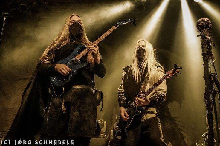 Twilight Force ⚫ Photo by Jörg Schnebele ⚫ Cologne 2017 ⚫ #TwilightForce #Lynd #Aerendir #elf #halfelf  #guitar #guitarist #larp #music #metal #concert #gig #musician #band #artist #celebrity #Sweden #Swedish #Powermetal #dragon #live #concertphotography #Nuclearblast #トワイライトフォース