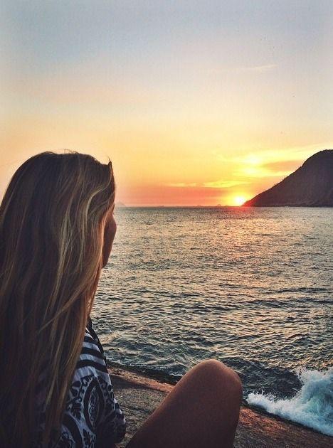 """Às vezes, só precisamos de uma pequena pausa. Porque às vezes """", sentado …   – ➪.Palm Beach • ➪Summer➪"""