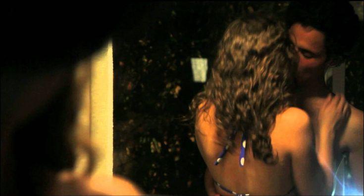 """Proyectan película """"Después de Lucía"""" en San Lázaro - http://plenilunia.com/estilo-de-vida/cine-y-videos/proyectan-pelicula-despues-de-lucia-en-san-lazaro/29129/"""