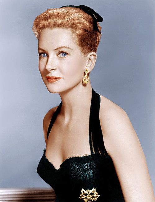 Deborah Kerr so beautiful!