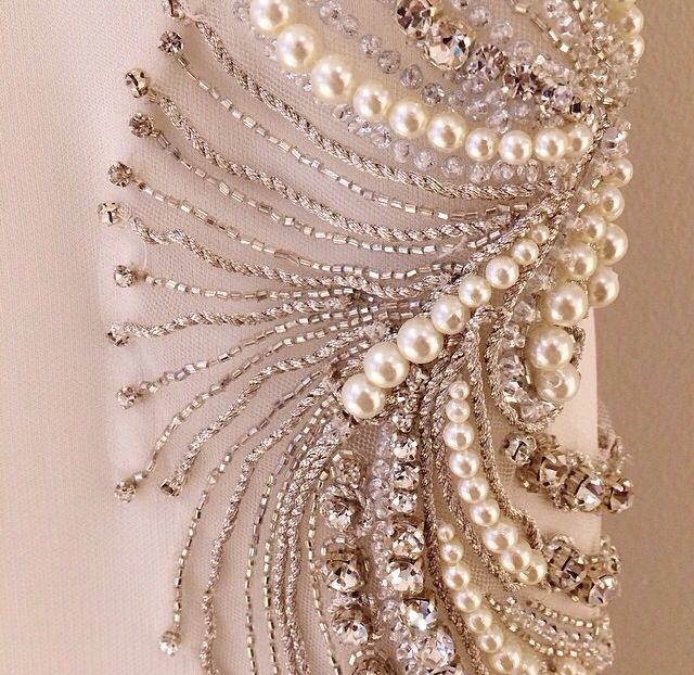 Badgley Mischka #details