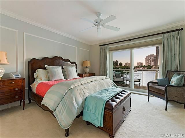Pretty soft tiffany blue bedroom - coral coverlet - overlooking the bay - Park Shore