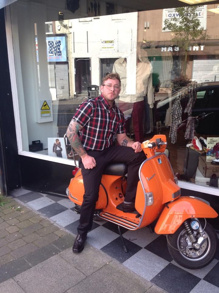 What do you do when you have just come home to Blighty from Oz... you get kitted out at Scoots Suits and Boots of course !  http://scootssuitsandboots.com/