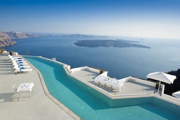 Santorini_Grace_Greek_honeymoon