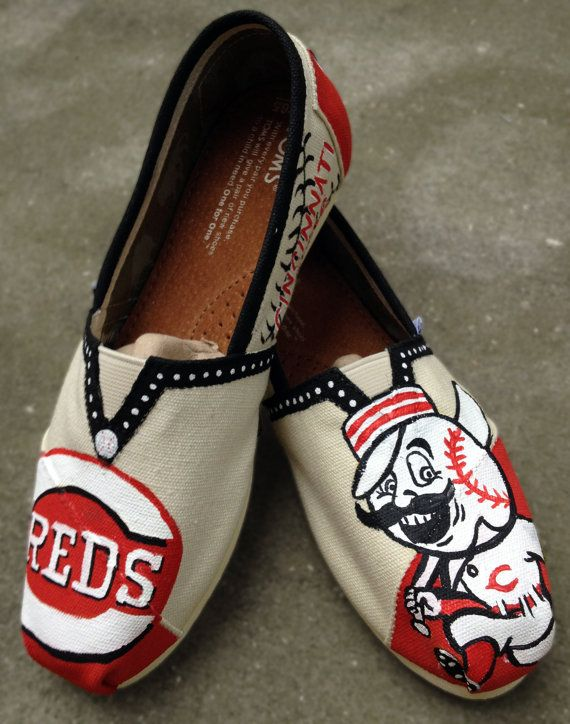 Cincinnati Reds Baseball Painted Toms by CrystalsCreativeShop