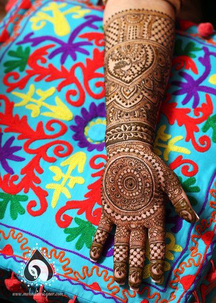 2015 Mehndi Maharani Finalist Mehndi Designer