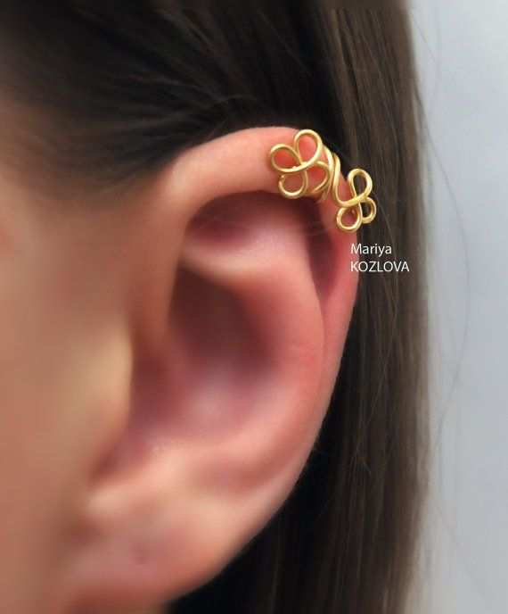 Upper Cartilage Ear Cuff Celtic Clover Leaves  no by LotEarCuffs