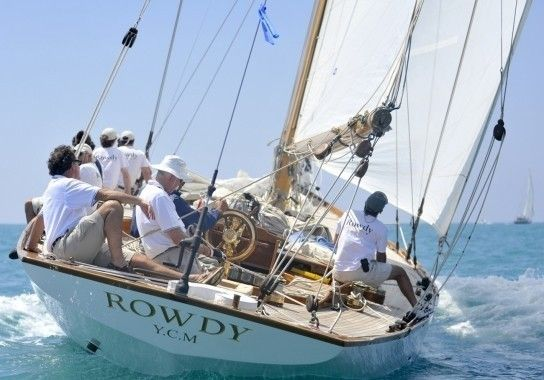 """""""Rowdy"""" 19.88 м. Herreshoff (1916 г.) Click pic to see story, or click www.rowdystory.com for the official Rowdy web site"""