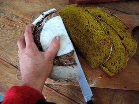 come-se: Pão de abóbora de dois tipos: cabochá e de pescoço