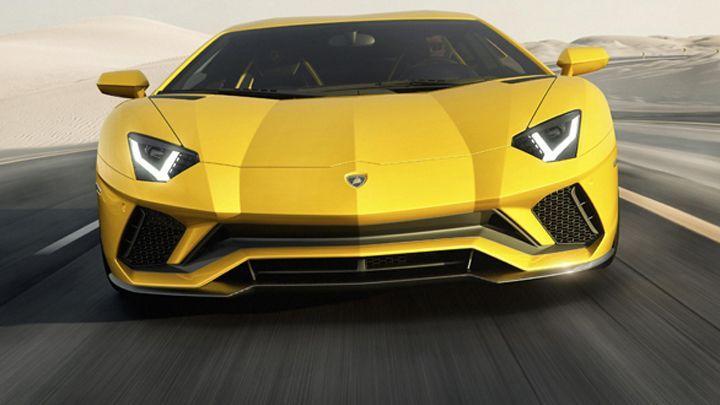 Nice Lamborghini 2017: 新型ランボルギーニ アヴェンタドールSが登場──内外面で... Car24 - World Bayers Check more at http://car24.top/2017/2017/03/07/lamborghini-2017-%e6%96%b0%e5%9e%8b%e3%83%a9%e3%83%b3%e3%83%9c%e3%83%ab%e3%82%ae%e3%83%bc%e3%83%8b-%e3%82%a2%e3%83%b4%e3%82%a7%e3%83%b3%e3%82%bf%e3%83%89%e3%83%bc%e3%83%abs%e3%81%8c%e7%99%bb%e5%a0%b4/