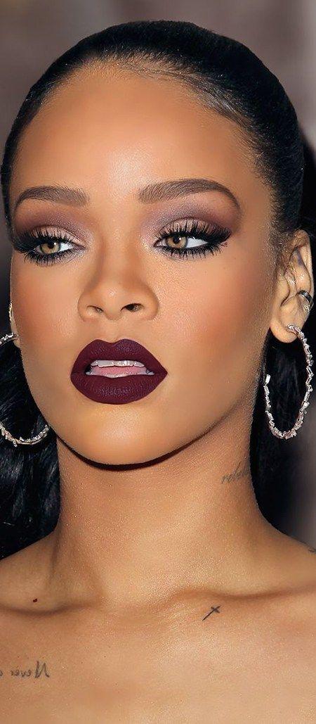 Cuando los labios son protagonistas, maquillarse los ojos con menor intensidad es indispensable, mira éstos tips para sacarle el mejor provecho a tu look.