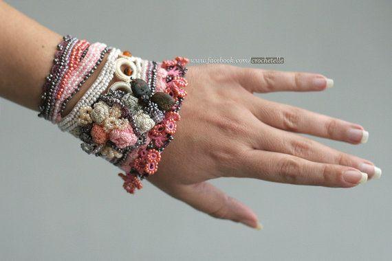 Pulseiras de Crochê – Super Tendência!!! |                                                                                                                                                      Mais