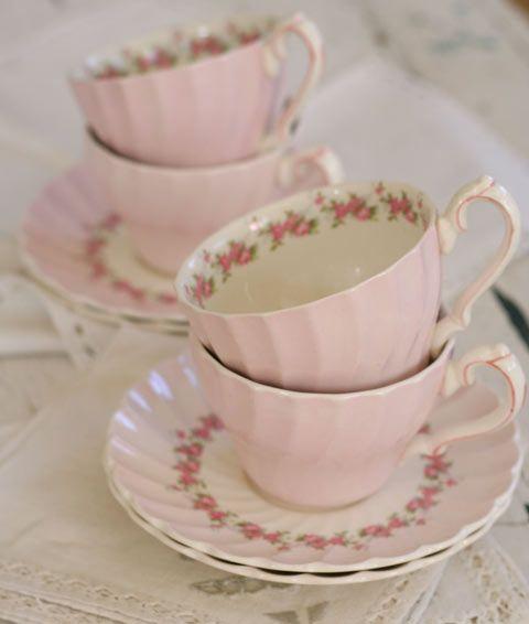 Vintage pink teacups, I love these!!