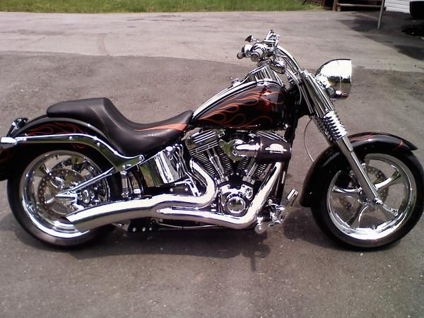 CVO Fatboy -  I like the lines on this one...cafe style.